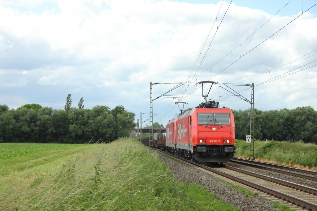 HGK 185 585-7 in Bornheim am 9.6.2012