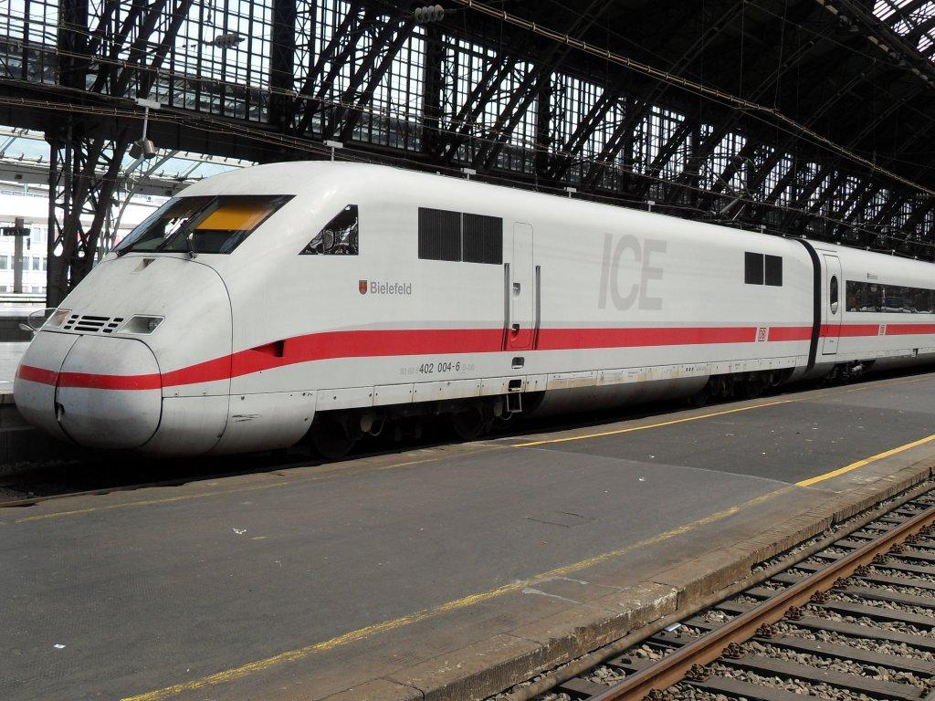 ICE 2 im Kölner Hbf am 5610  Bahn007startbilderde