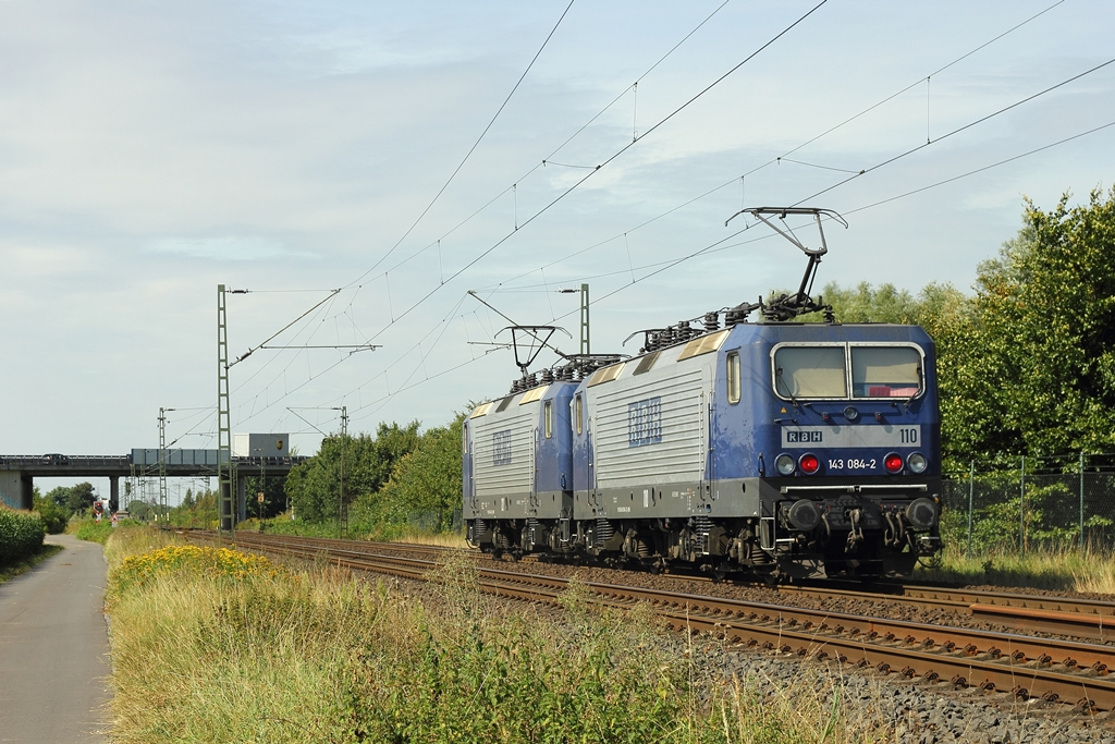 RBH 143 084-2  110  in Meerbusch-Osterath am 17.8.2012